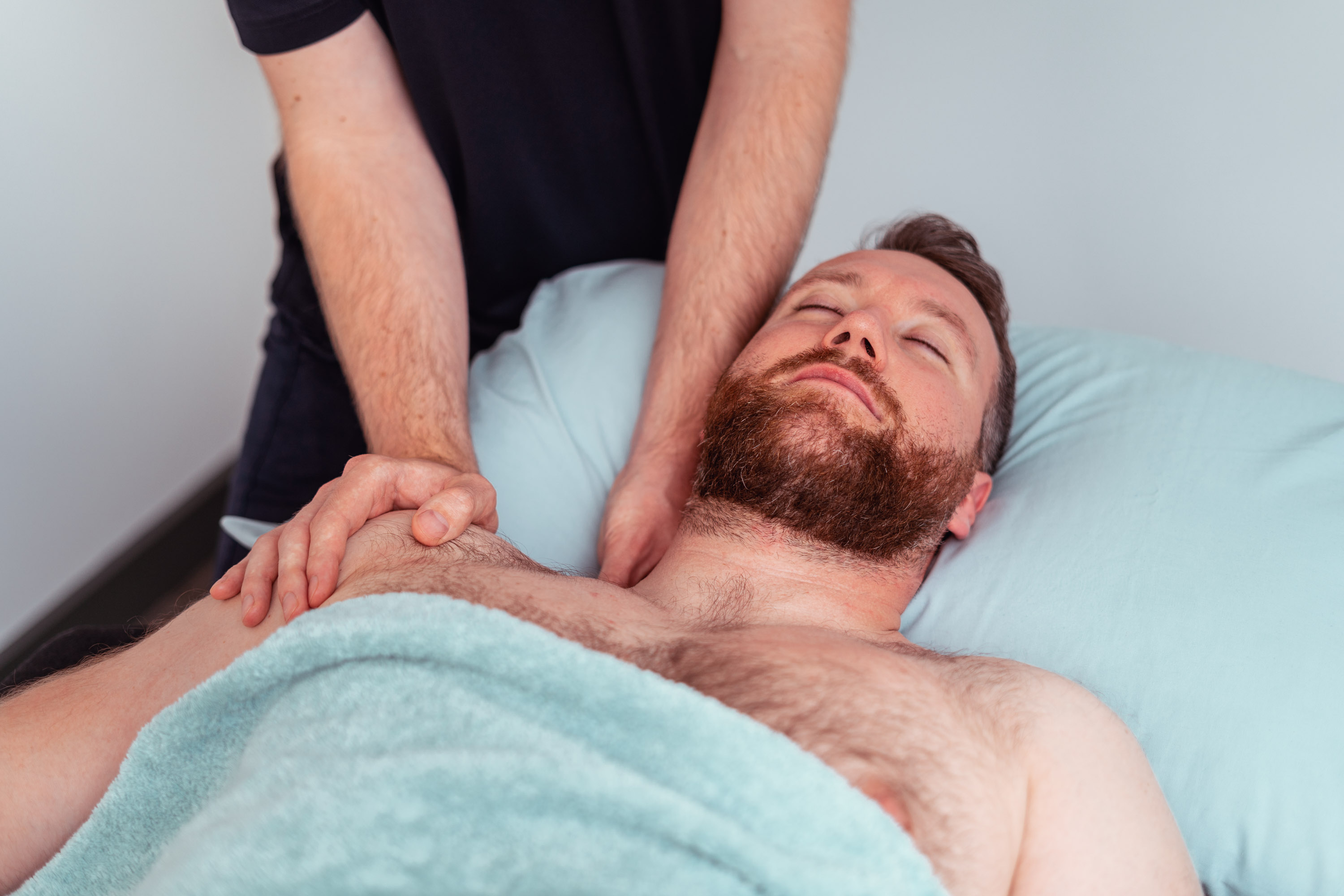 Supine shoulder massage